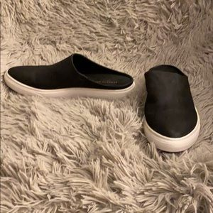 Kenneth Cole Slip On Sneakers Black/White Size 9.5